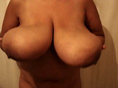 hige indian breasts slo-mo