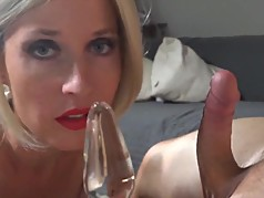 German MILF perfection anal on chair