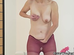 Euro milf Alice Sharp pleasures her pantyhosed cunt