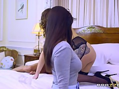 Brazzers - Ava Nekane - Milfs Like It Big