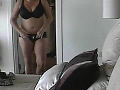 unaware naked mom caught by voyeur